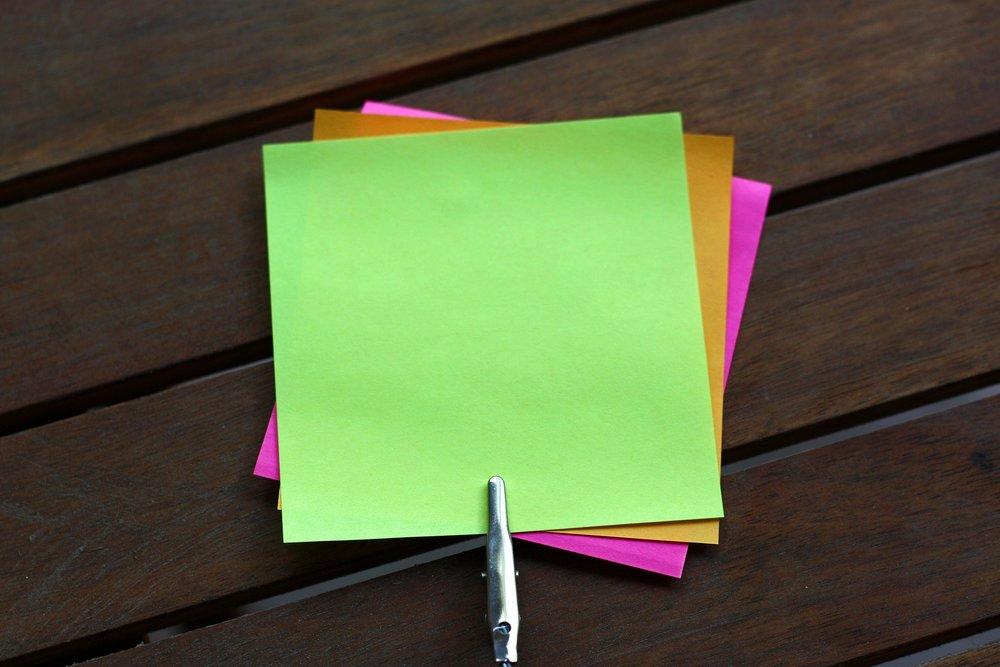 sticky-notes-2378911_1920.jpg