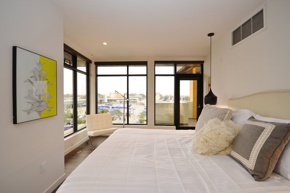 Santa-Monica-Apartments-1548-6th-Bedroom-6.JPG