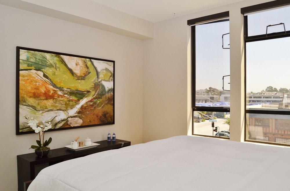 Santa-Monica-Apartments-1548-6th-Bedroom-8.jpg