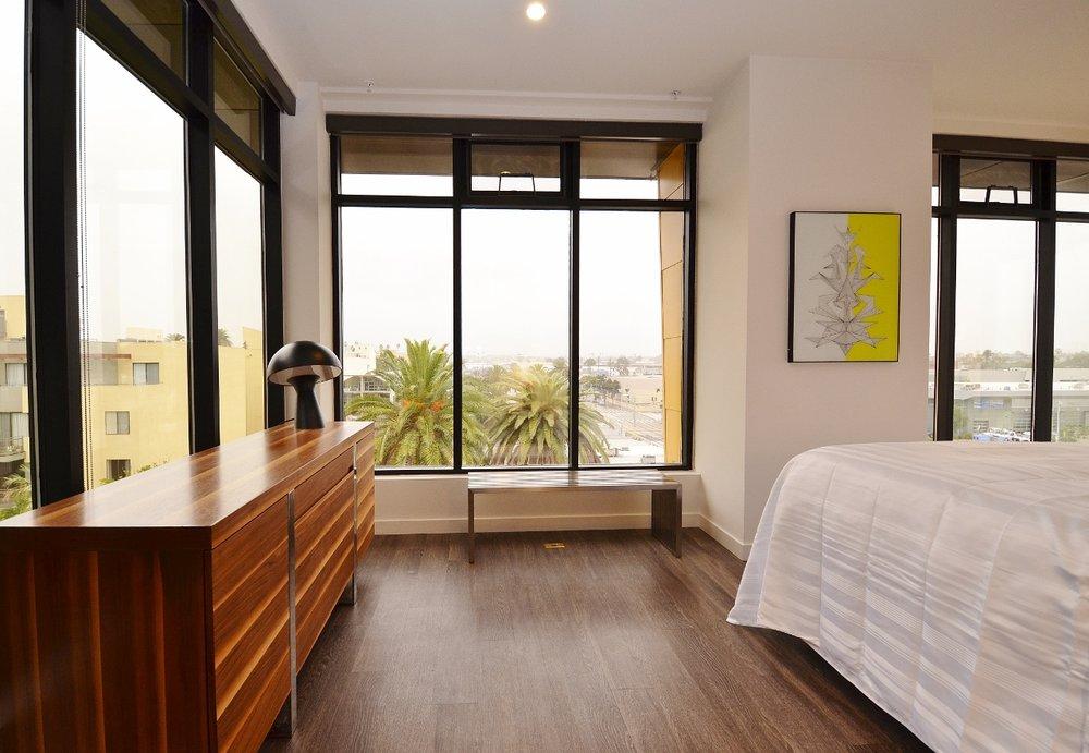 Santa-Monica-Apartments-1548-6th-Bedroom-7.jpg