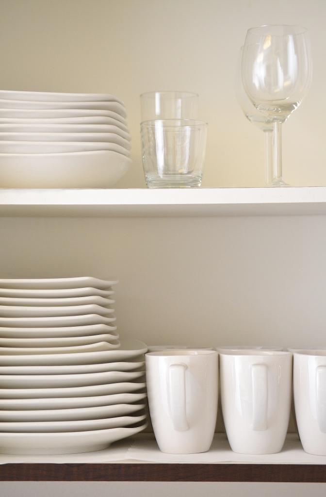 Santa-Monica-Apartments-1548-6th-Kitchen-Highlight.jpg