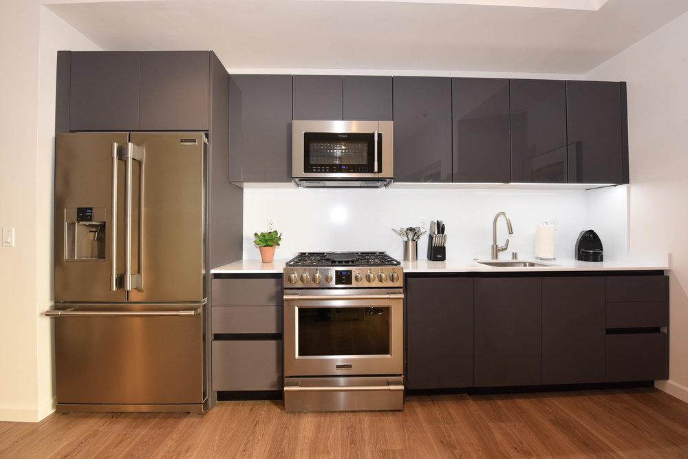 Santa-Monica-Apartments-1539-4th-Kitchen.jpg