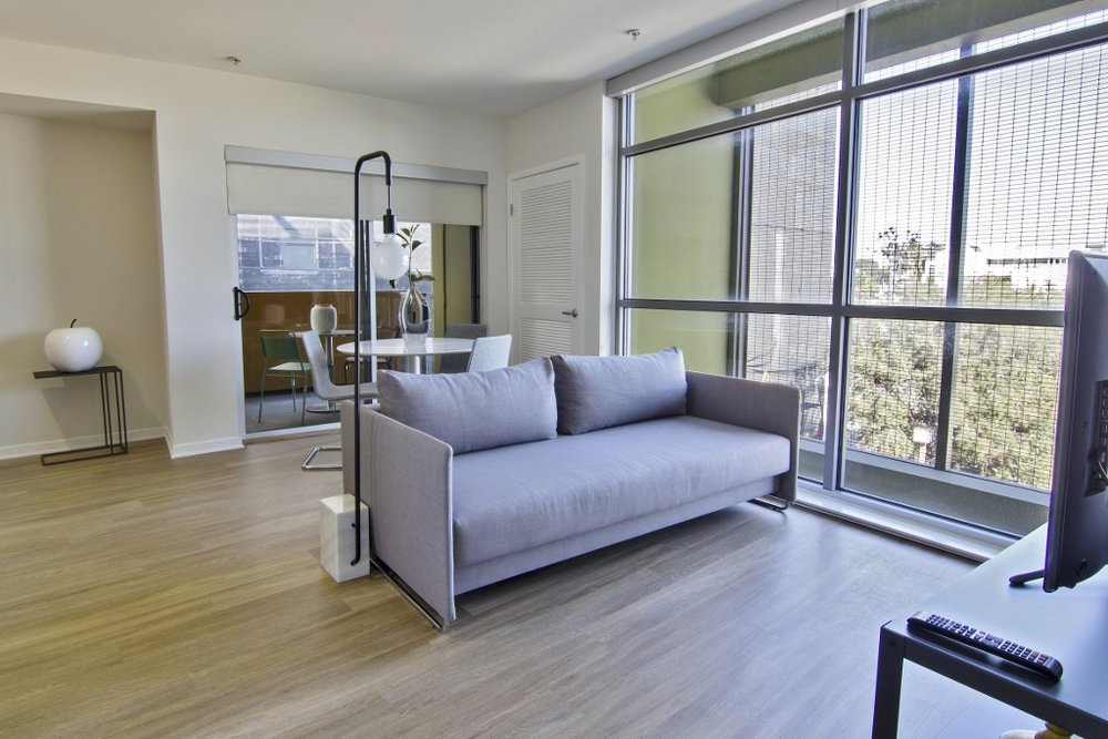 Santa-Monica-Apartments-1539-4th-Living-Room.jpg