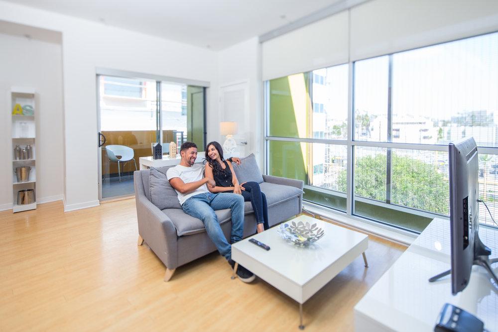 Santa-Monica-Apartments-1539-4th-Living-Room-Lifestyle.jpg