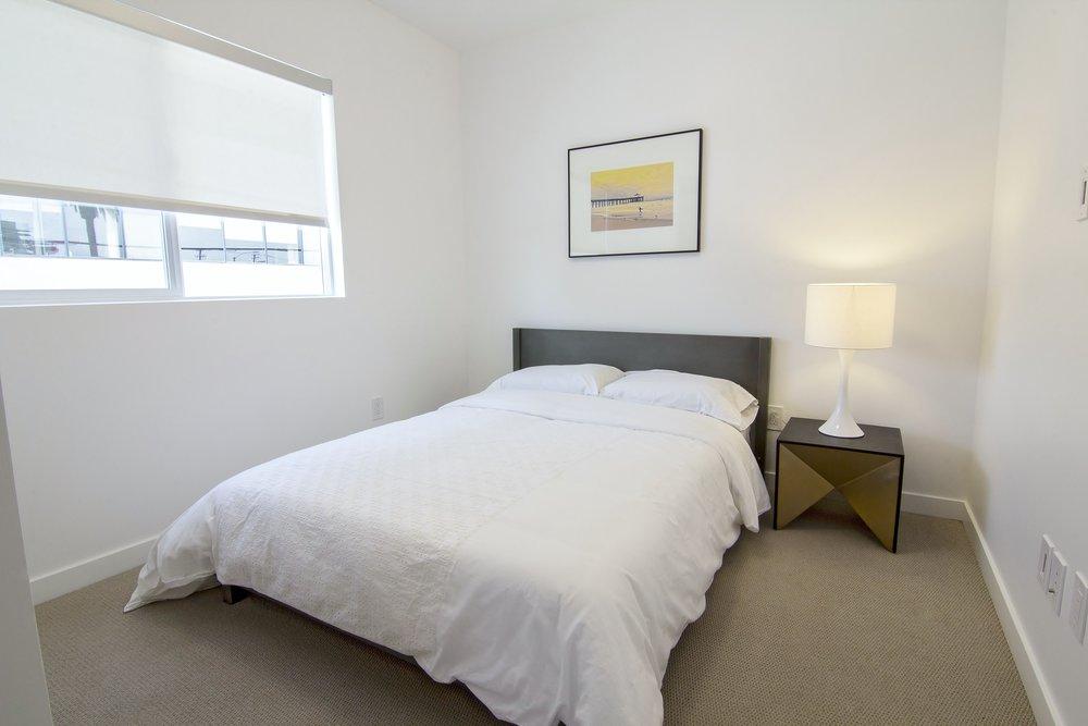 1445 205 bed 2.jpg