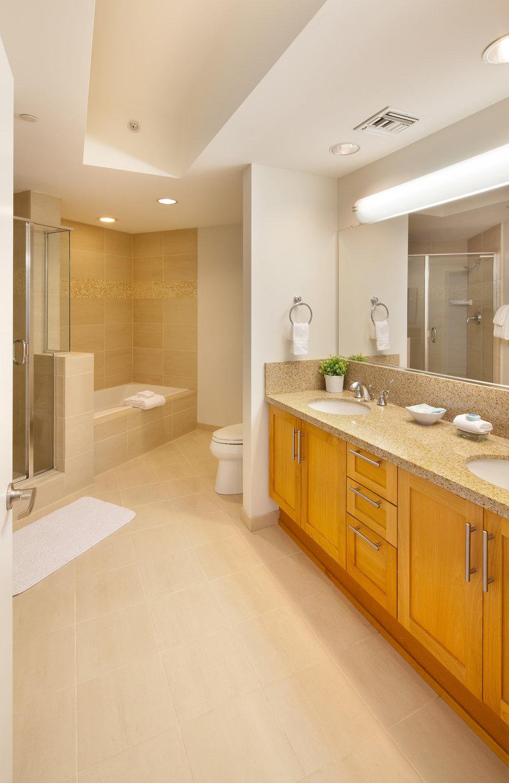 Westwood-Apartments-Wilshire-Margot-Bathroom.jpg