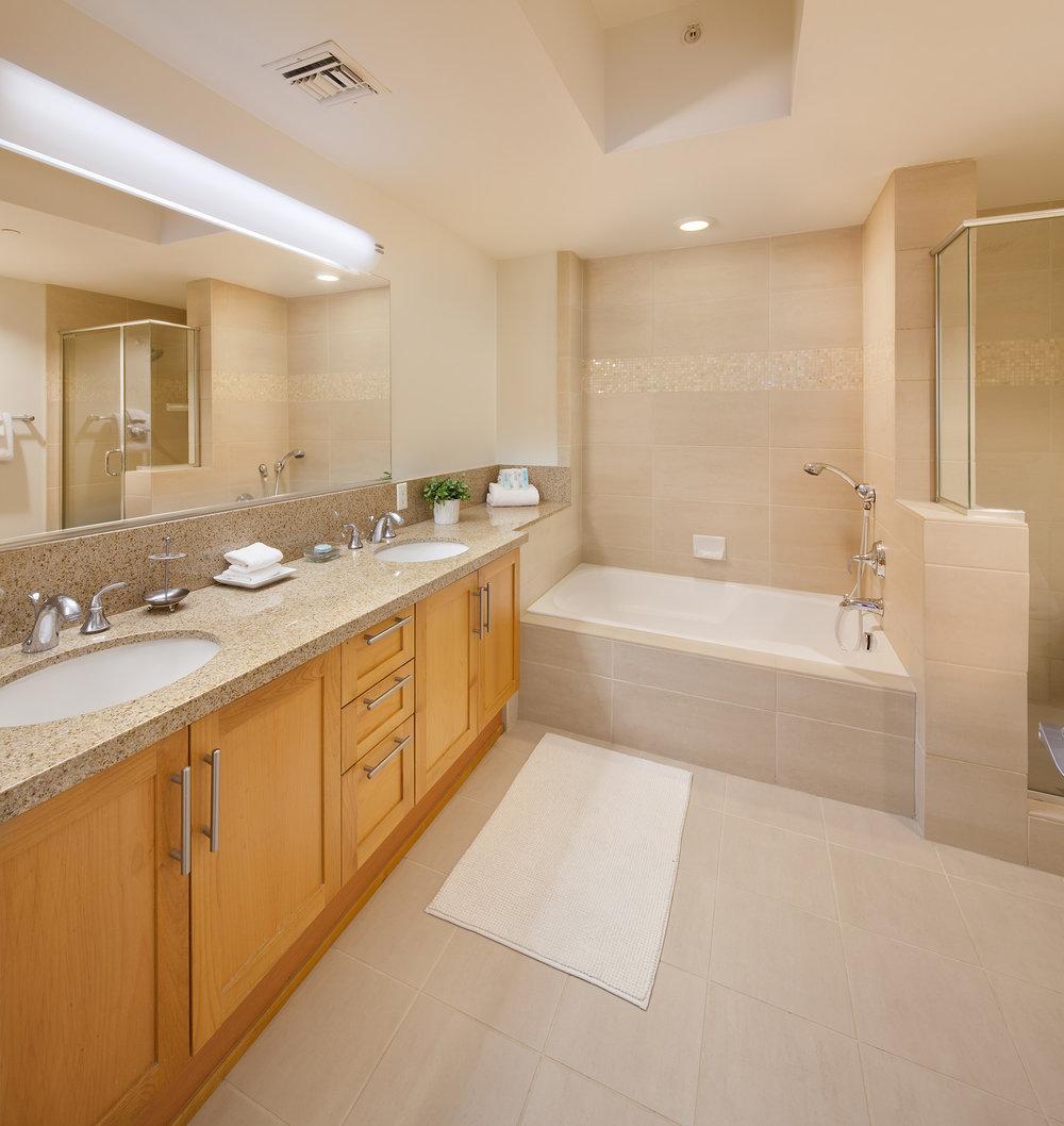 Westwood-Apartments-Wilshire-Margot-Bathroom-2.jpg