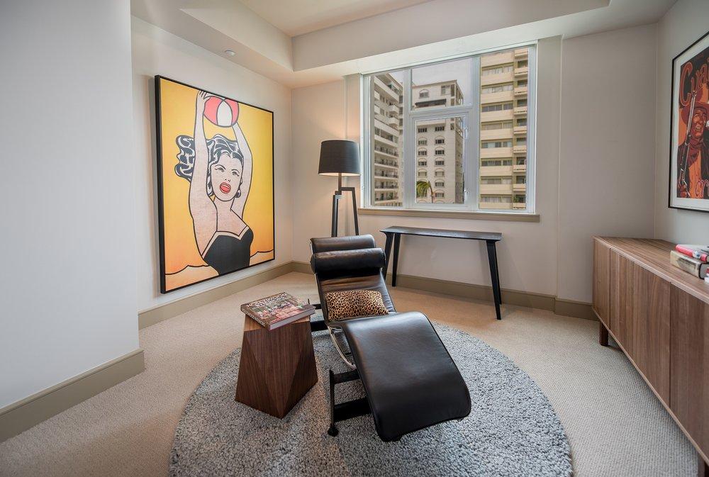 Wilshire-Victoria-Westwood-Apartment-503l.jpg