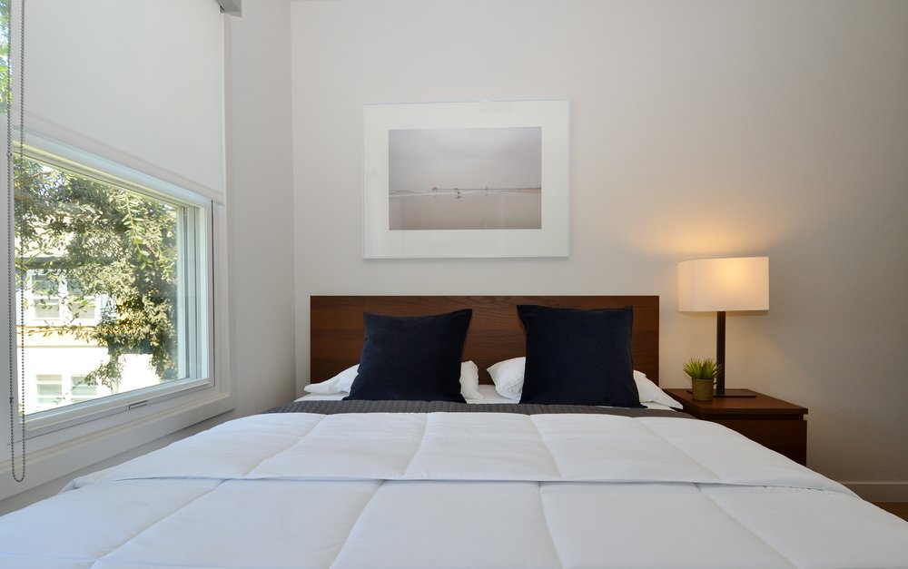 Westchester-Furnished-Apartments-Luxe-Suites-Bedroom.jpg