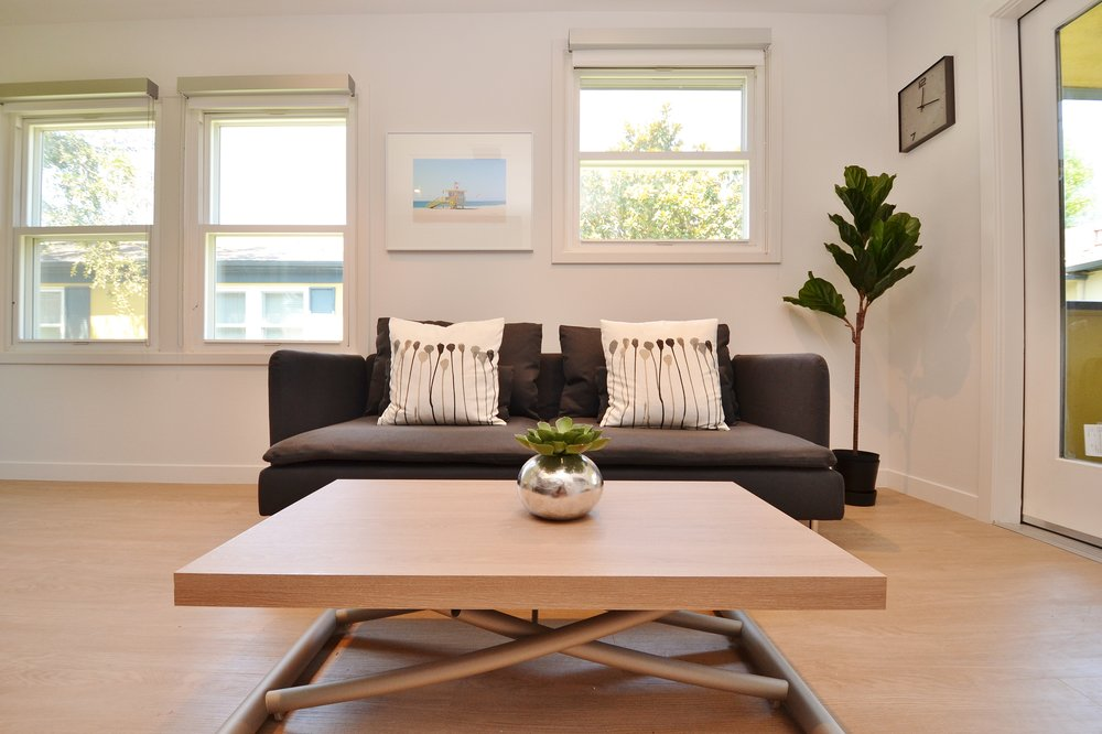 Westchester-Furnished-Apartments-Luxe-Suites-Living-Room.jpg