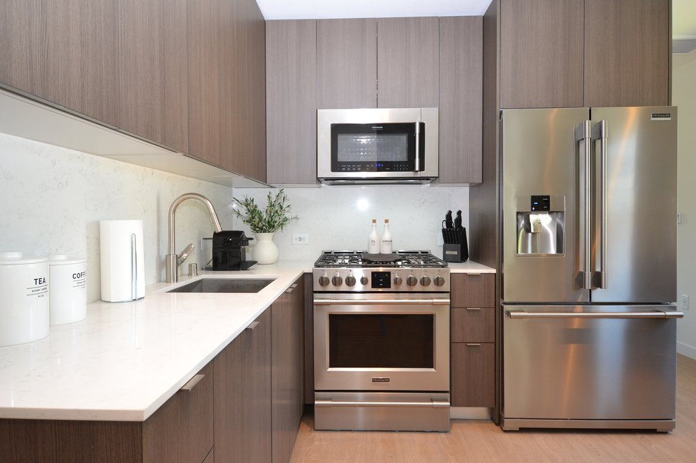 Westchester-Furnished-Apartments-Luxe-Suites-Kitchen.jpg