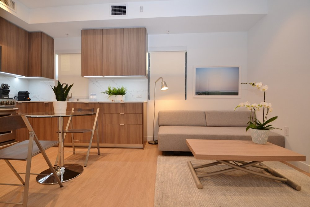 Brentwood-Apartments-11649-Mayfield-Living-3.jpg