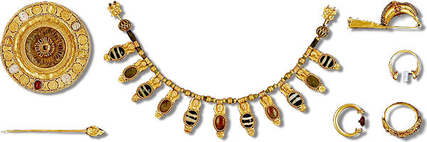 Etruscan jewelry - The Met. Image Cool Hunting