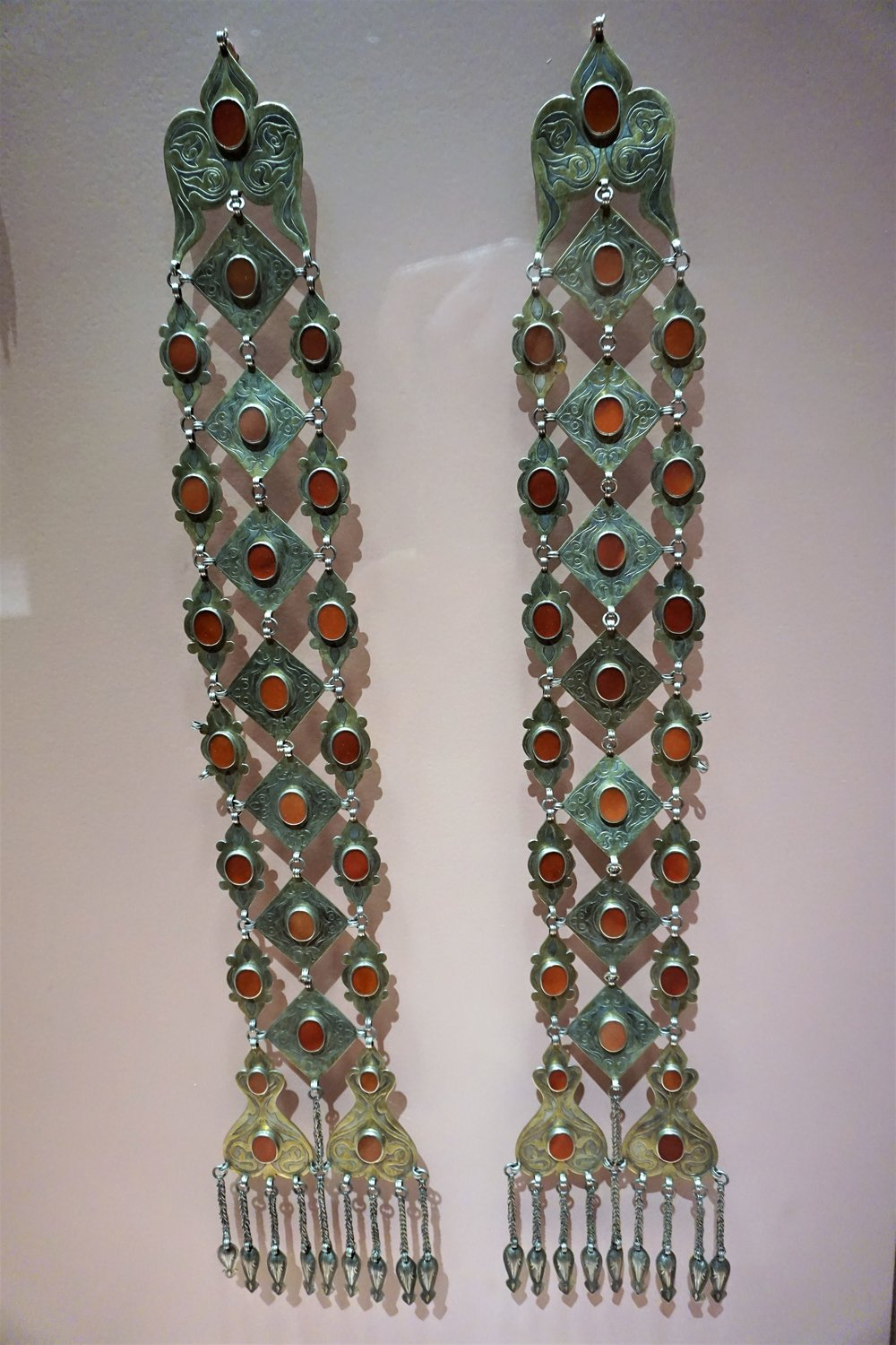 Plait ornaments - Turkmen - Central Asia or Iran - early 20th century