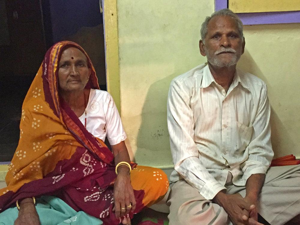 mashru weaver and his wife_edit.jpg