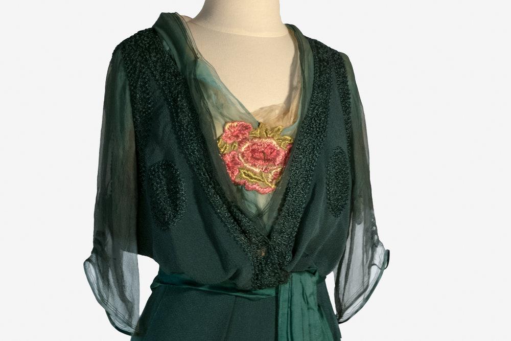 09 Blouse embellishment
