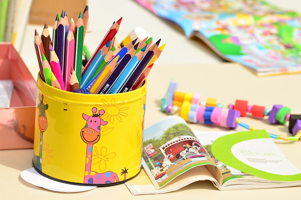 colored-pencils-1506589_960_720.jpg