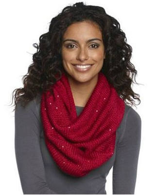 4) The Wonderful Knitted Infinity Scarf: We don't care whats its made out of as long as its wrapped tight. #warmnecks