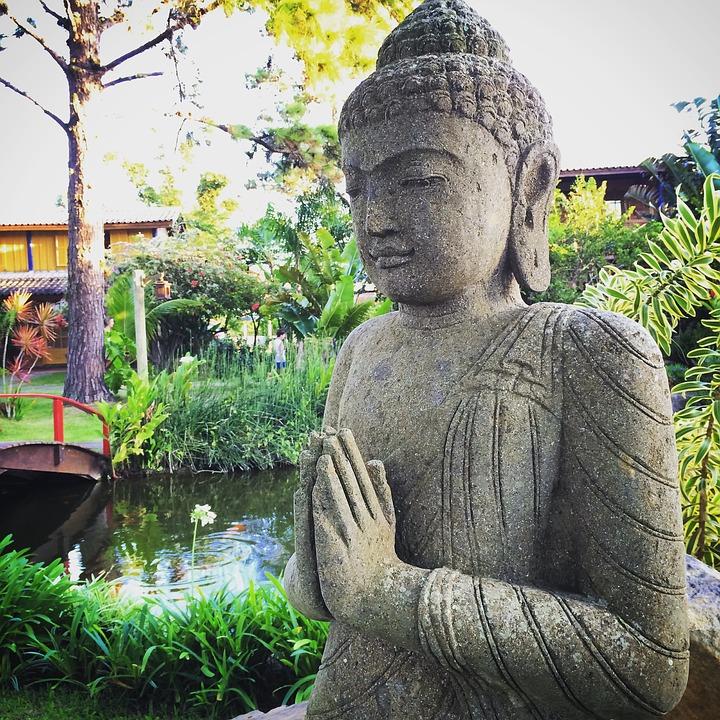 buddha-1479149_960_720.jpg