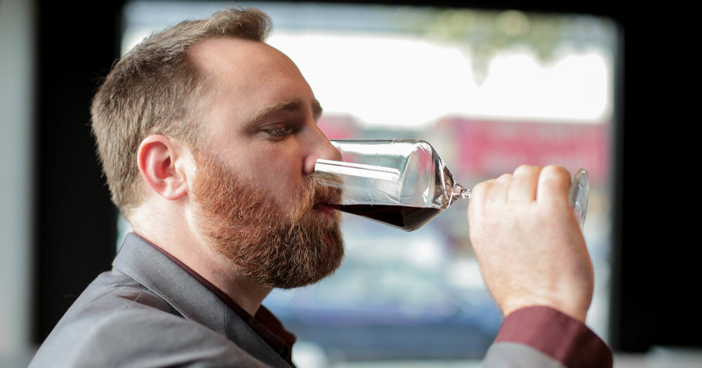 Man-drinking-wine.jpg