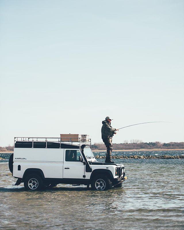 Whatever it takes.  #luxurytravel #gofishqueensland  #travelgram #instatravel #repeattraveller  #sqcountry #qld #gofish #helicopterpilot #instatraveling #travelgram #traveldeeper #seeaustralia #travel #traveller #fishing #luxury #discoveraustralia #fish #nofilter #mctraveller #nuggetfishing #southaustralia #kinggeorgewhiting #snapper #seesouthaustralia #trout #troutfishing #goldcoast #yachts