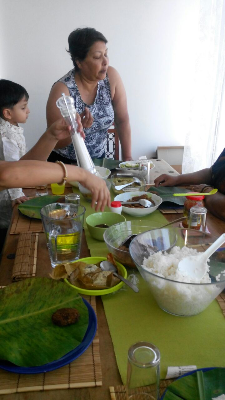 Family lunch spread courtesy of Palm Grove