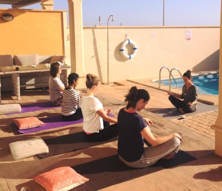 yoga met sara.jpg