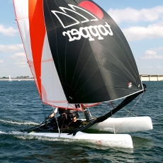 TOPAZ 12 - · International Award Winning Design, ISAF 'Learn to sail' Class· Compact Junior trainer – club racer· Novice – Intermediate