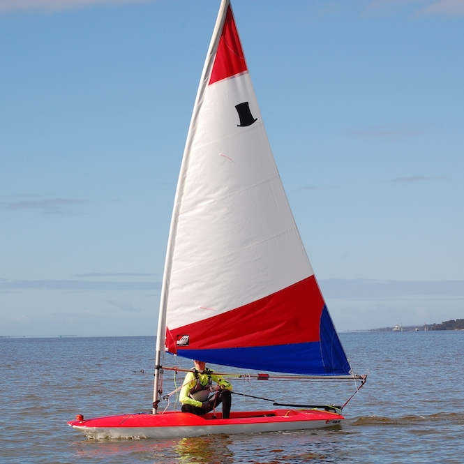 TOPPER - · World Sailing (ISAF) Recognised Full International Racing Class· UK's Best selling and favourite sailing Dinghy· Novice – Expert