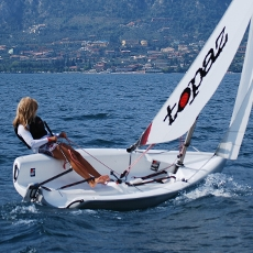 TOPAZ - · International Award Winning Design,· ISAF 'Learn to Sail' class· Versatile rig options· Beginner – Racer