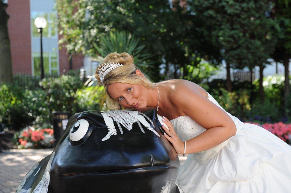 Larkin wedding toad