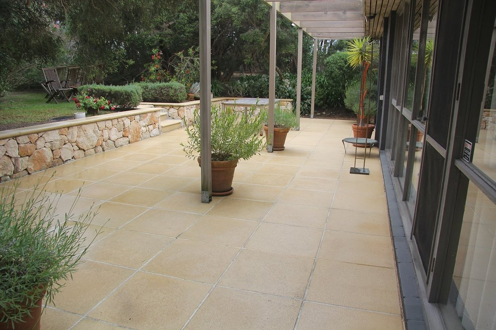 Pressure Cleaning, House Washing, Driveway Cleaning, Window Cleaning, Exterior Cleaning Mornington Peninsula Melbourne Bayside Patterson Lakes Aspendale Mordialloc Mentone Beaumaris Black Rock