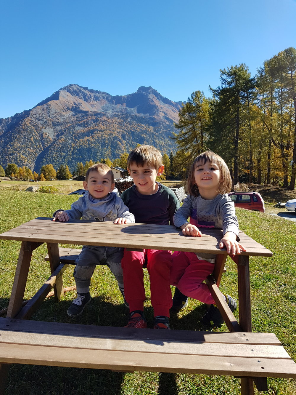 easymomswissmade_marie_biondini_viaggi_valdaosta_antagnod_barmasc_montagna_boschi_famiglia_bambini_foto006