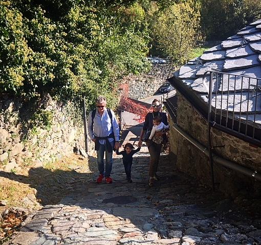 easymomswissmade_marie_biondini_viaggi_valdaosta_verres_castello_montagna_famiglia_bambini_foto007