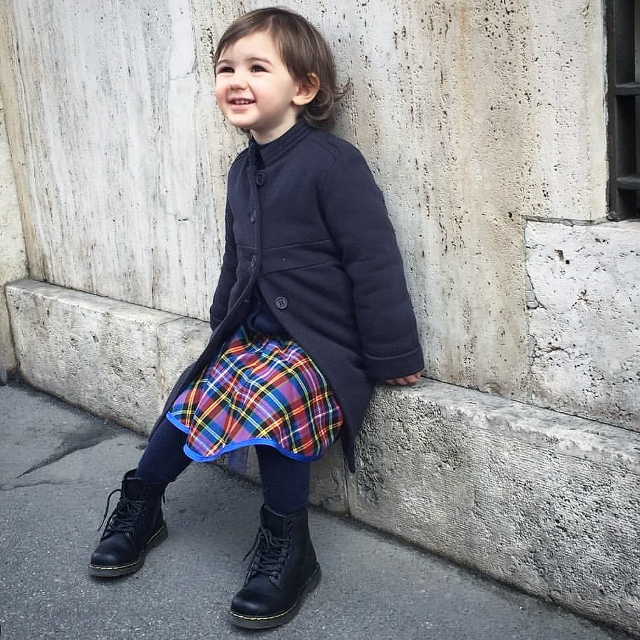 easymomswissmade_marie_biondini_scarpe_bambino-guida_invernali_drmartens.foto007