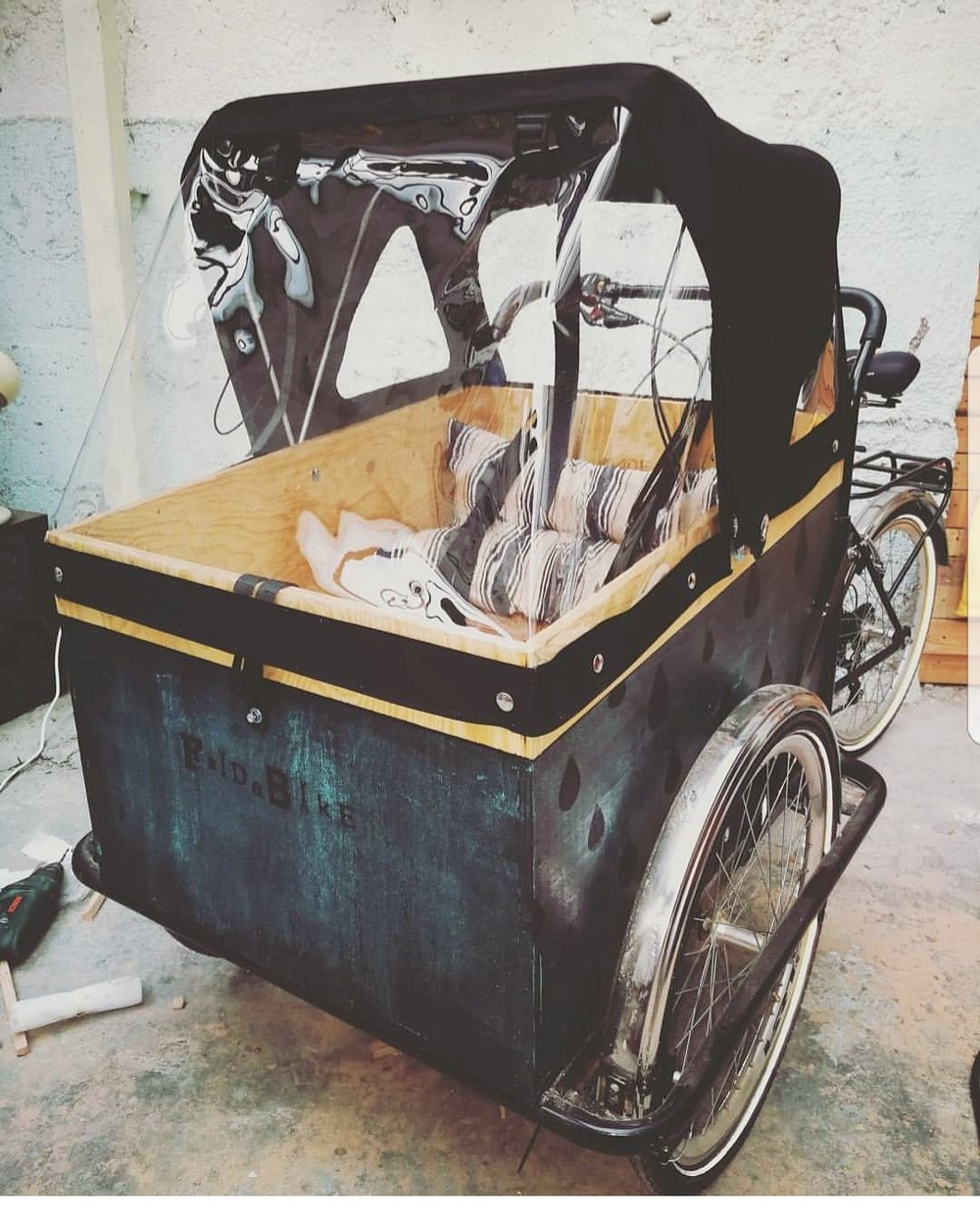 easymomswissmade_marie_biondini_fridabike_cargobike_mammagreen_bicicletta_trasporto_bambini.foto002