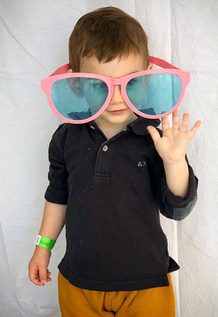 easymomswissmade_marie_biondini_come_scegliere_gli_occhiali_da_sole_per_bambini.foto006