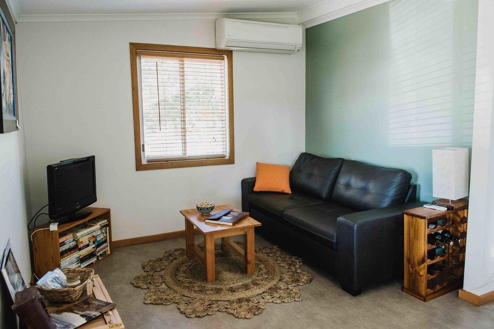 Little River Cottage_Lounge.jpg