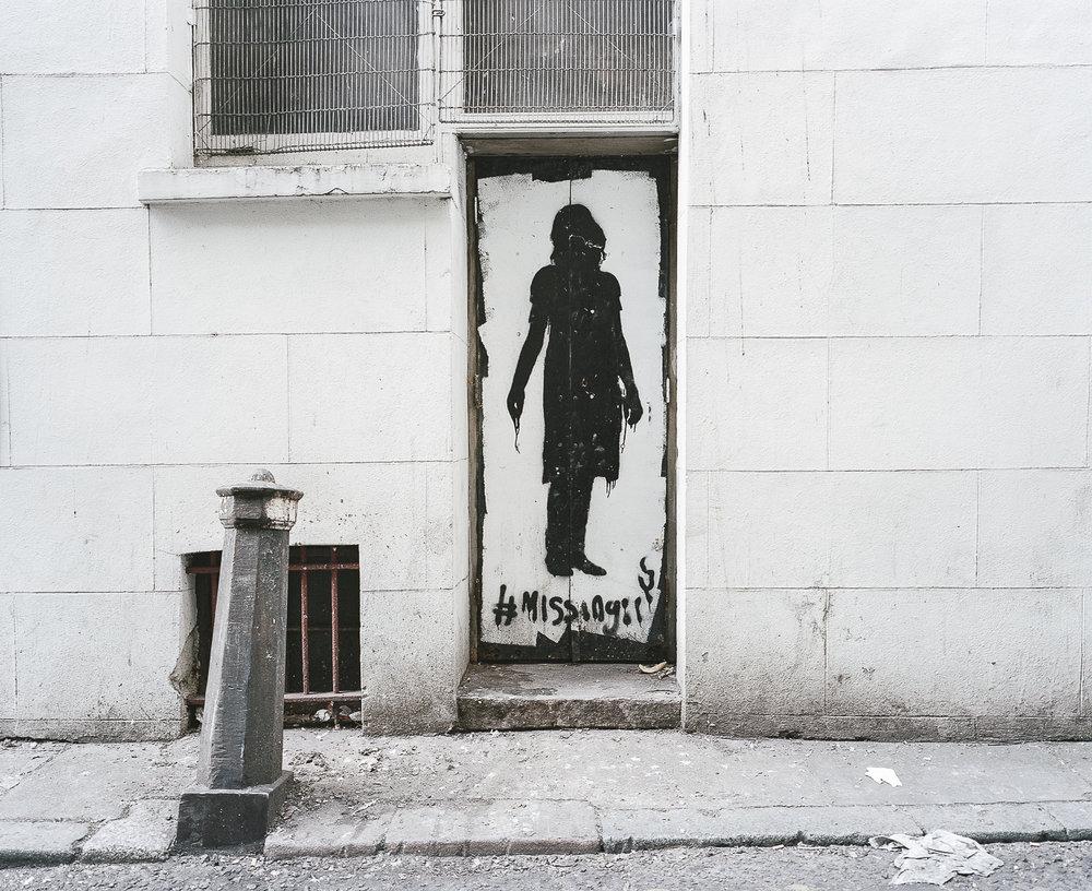 Nearby Graffitis
