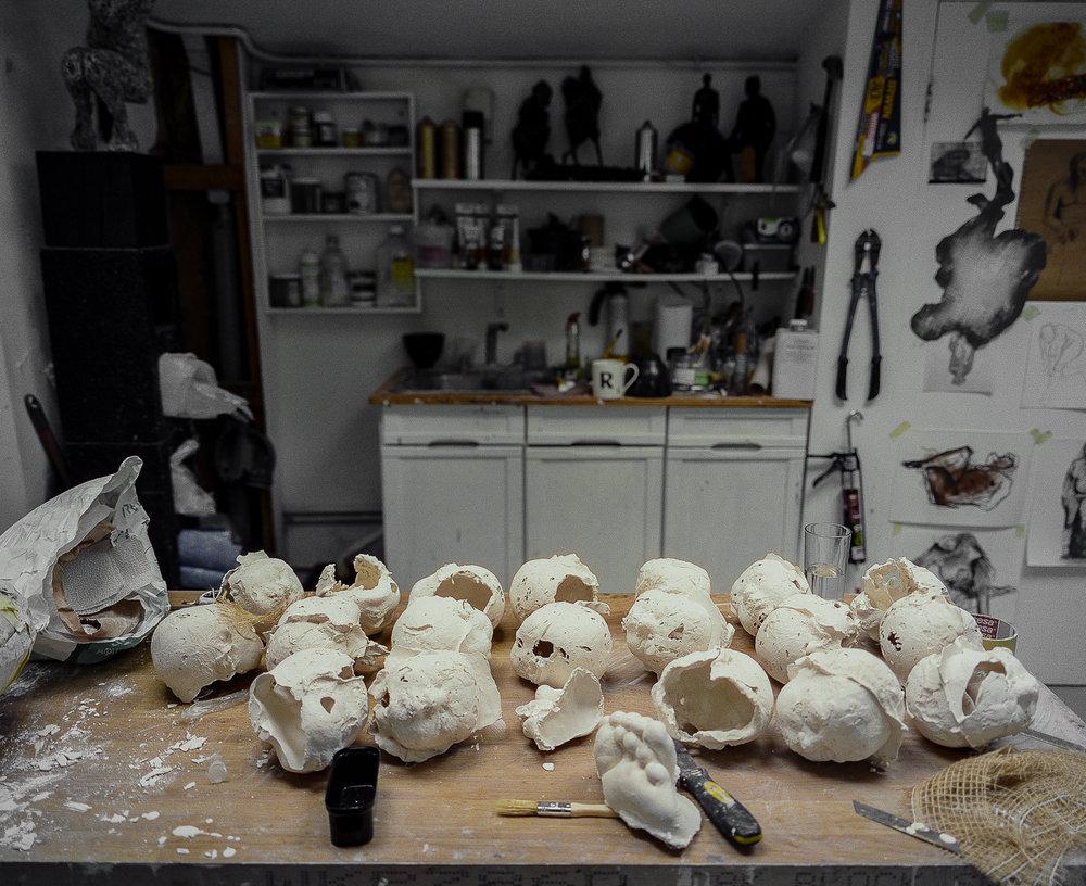 Studio Visit: Anna Gillespie - ARTVISIT.....