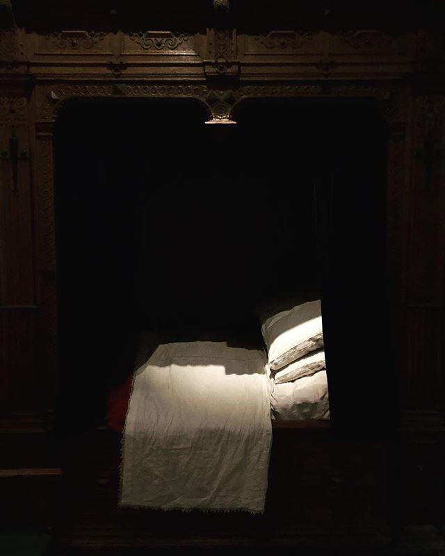 Rembrandts' Bed. . #rembrandt #rembrandthouse #artvisit #artiststudio #studiovisit #interiorstyle
