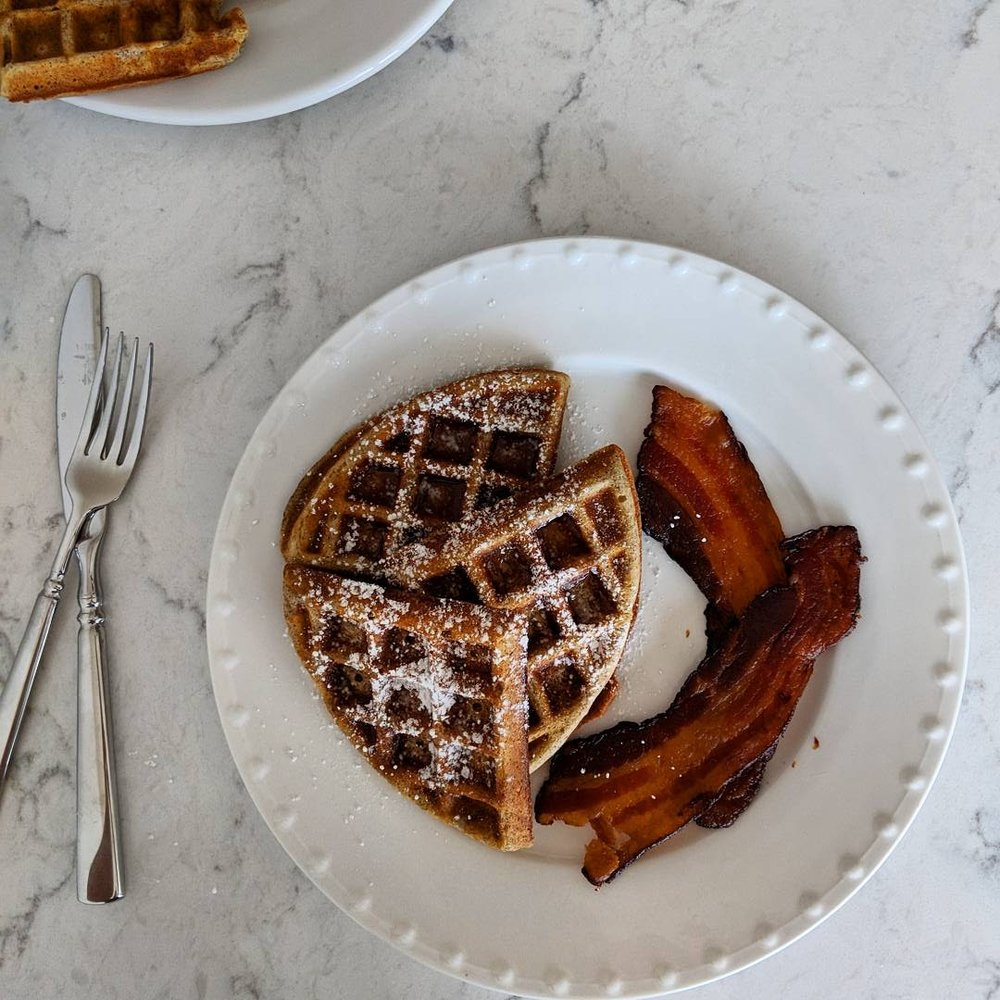 waffles_and_bacon_ready_to_eat.jpg