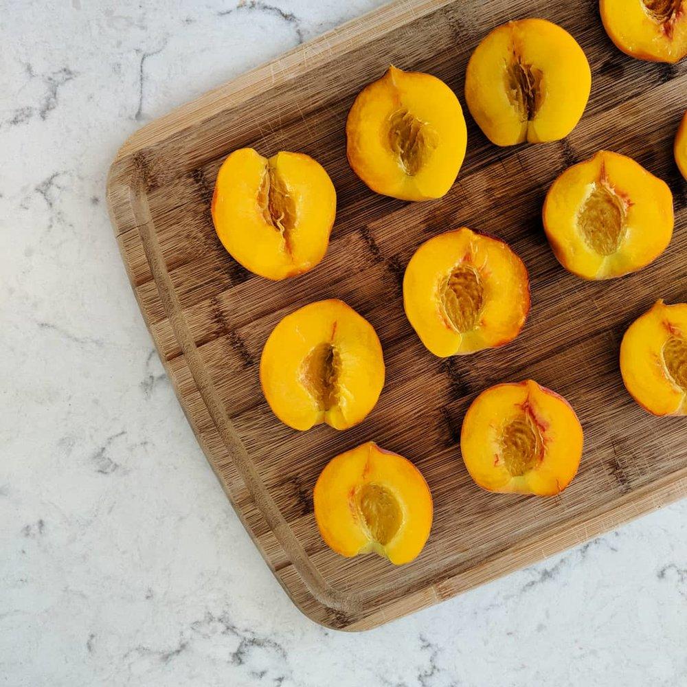 galpin_family_farms_peaches_for_cobbler.jpg