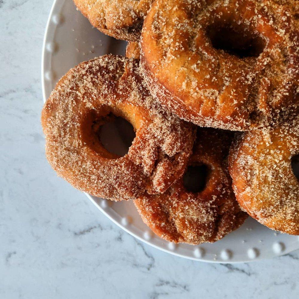 apple_cider_donuts_overhead.jpg