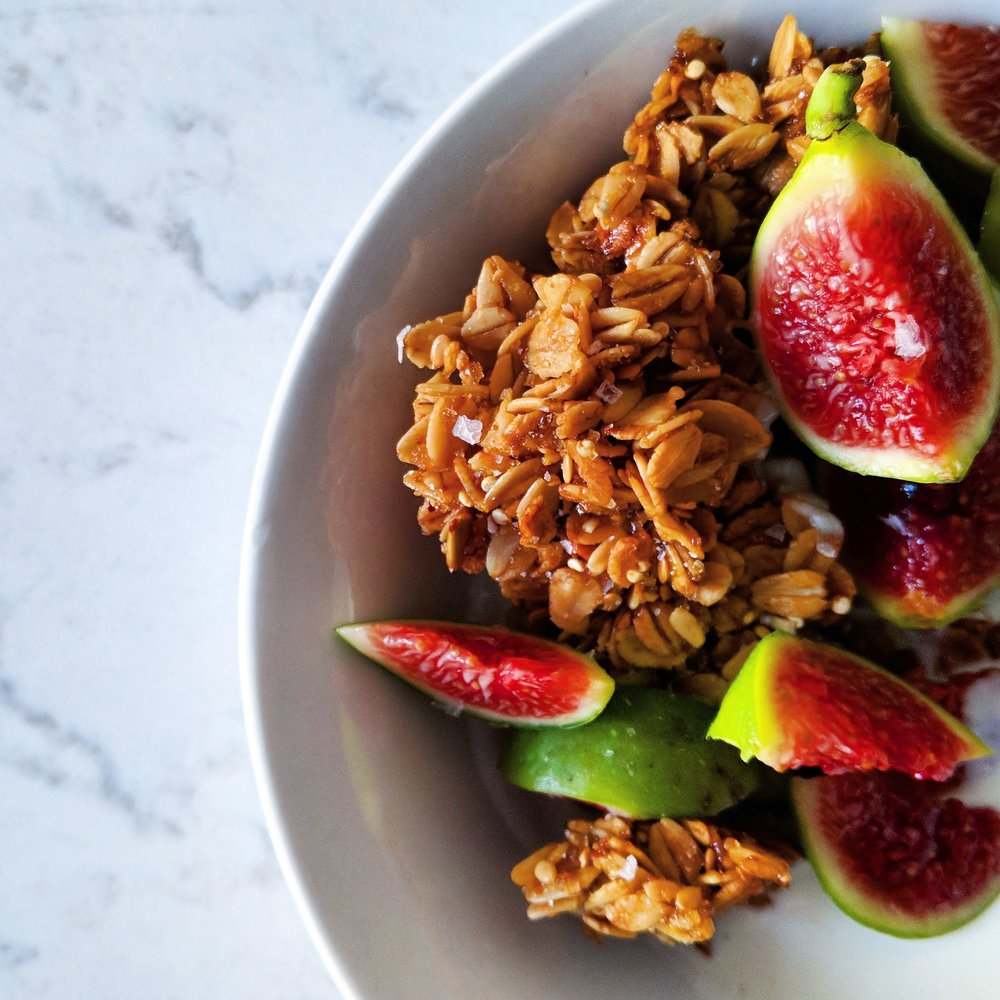 honey_pistachio_granola_clusters_with_figs.jpg