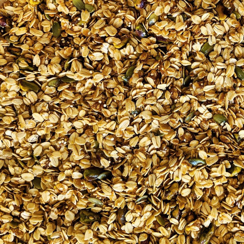 close_up_honey_pistachio_granola.jpg