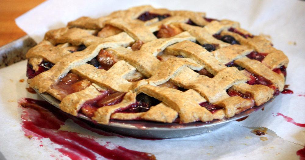 Blueberry Pear Pie