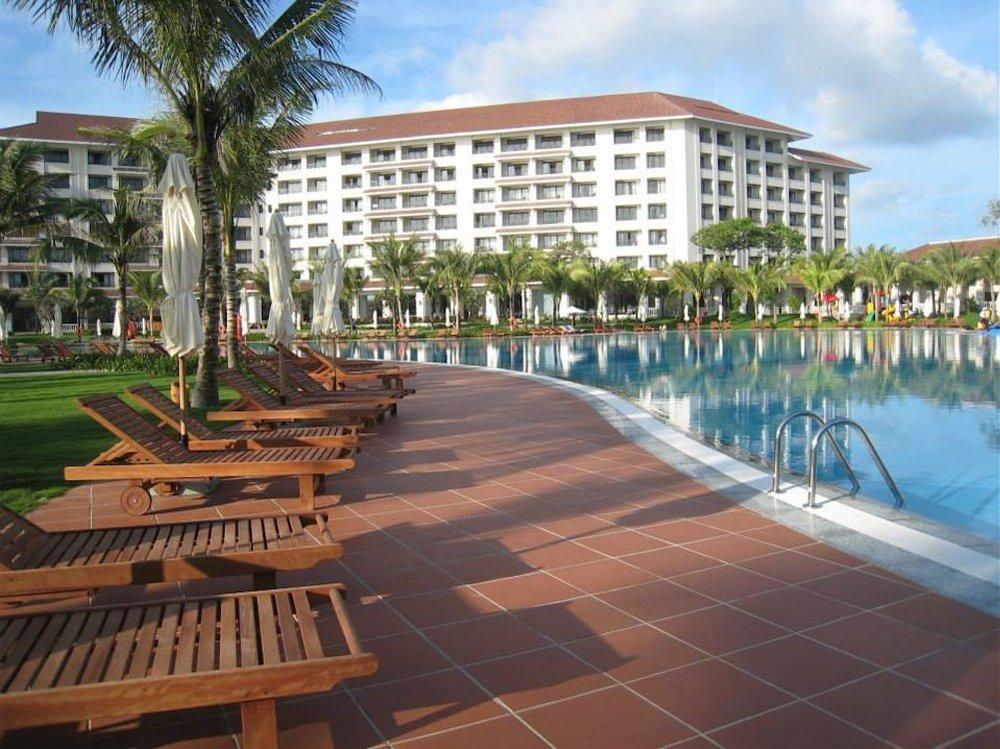 Vietnam-Vingroup-Phu-Quoc-Hotel-5.jpg
