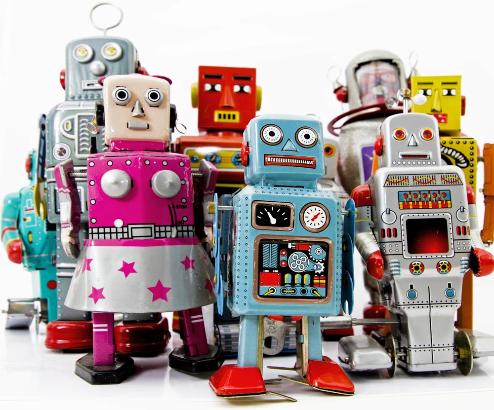 robots shutterstock_61551160.jpg