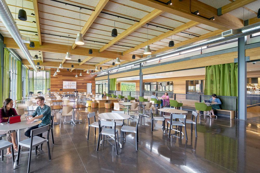 Barazzone Center Dining